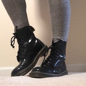 Dr. Martens Women 1460 Black Patent Leather Boots